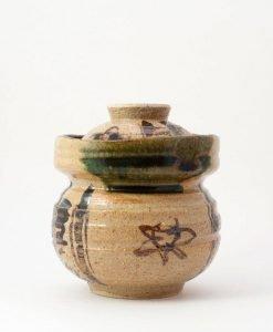 bote japonés de cerámica