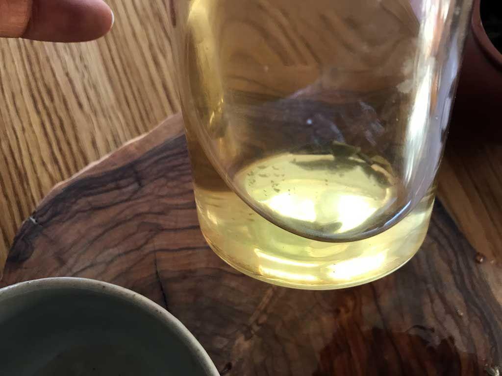 tercera infusión del té blanco bai mu dan